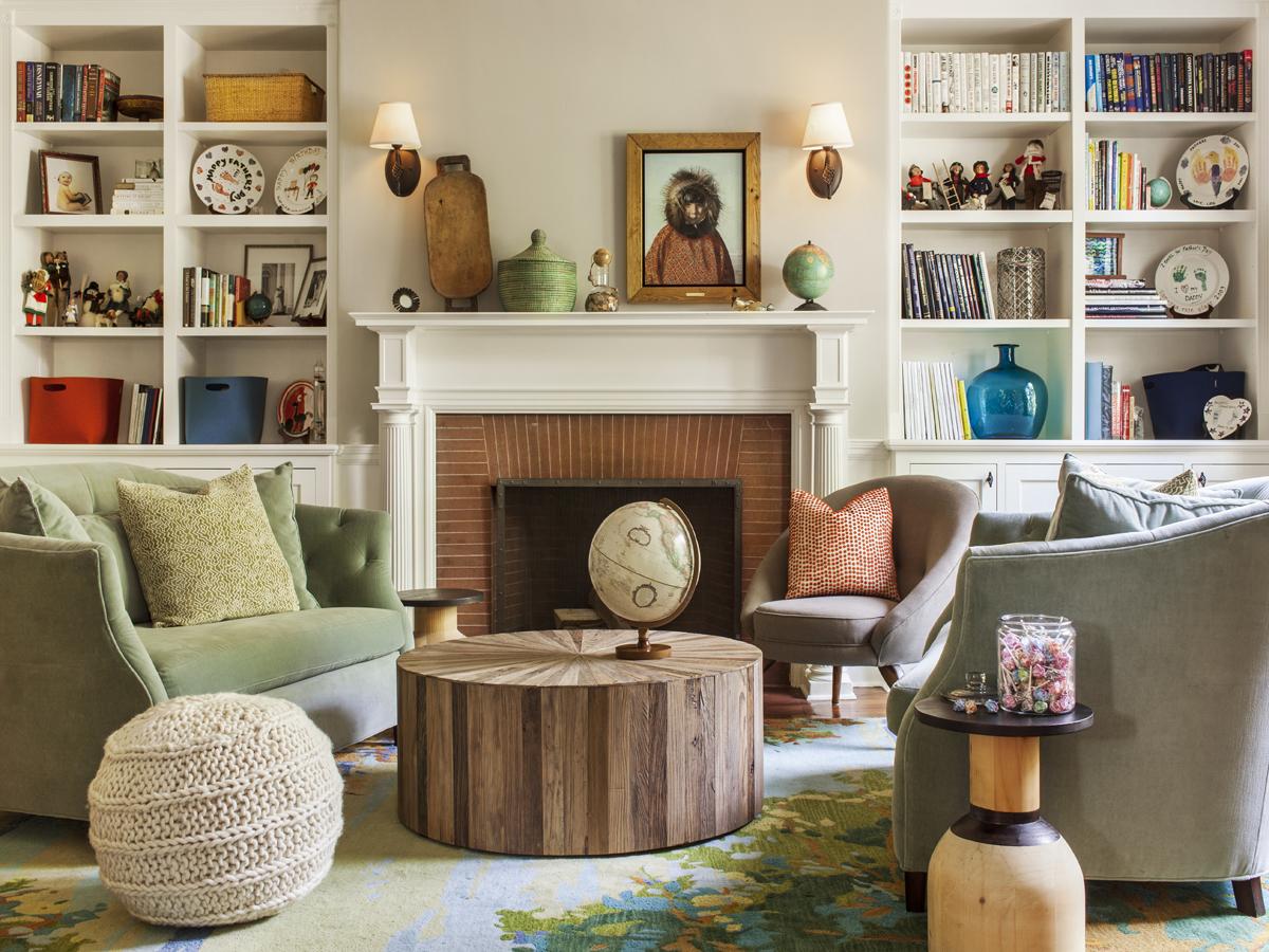 5_KMID_Living-Room_Coffee-Table_Fireplace_Bookshelvs